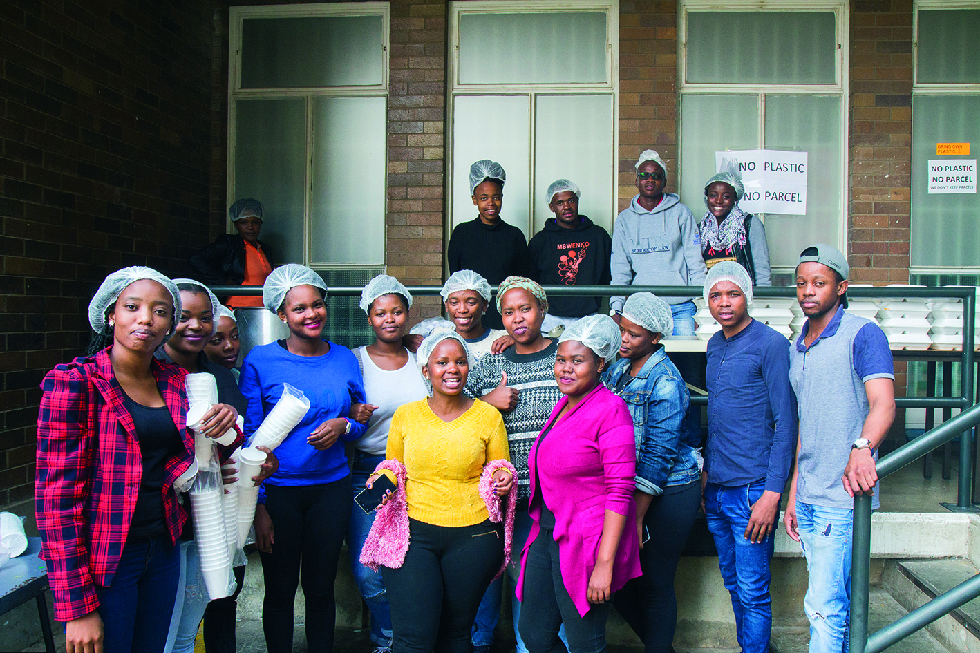 Student Volunteers lend a helping hand at the Student Feeding Scheme at Wits University